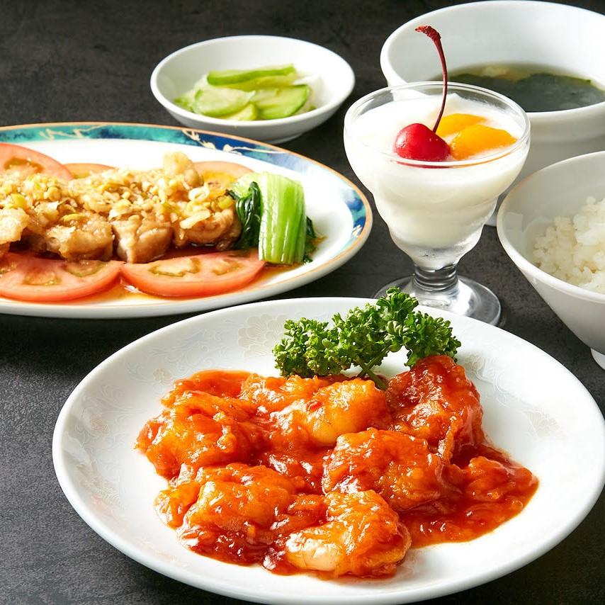 中華ランチ(油淋鶏、海老チリ)